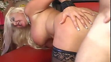 Beautifull Milf Vintage Sex