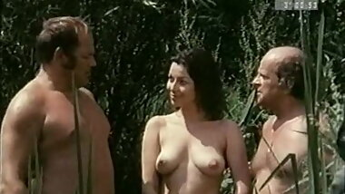 BADEMEISTER REPORT (FULL SOFTCORE MOVIE - HOT) 1973